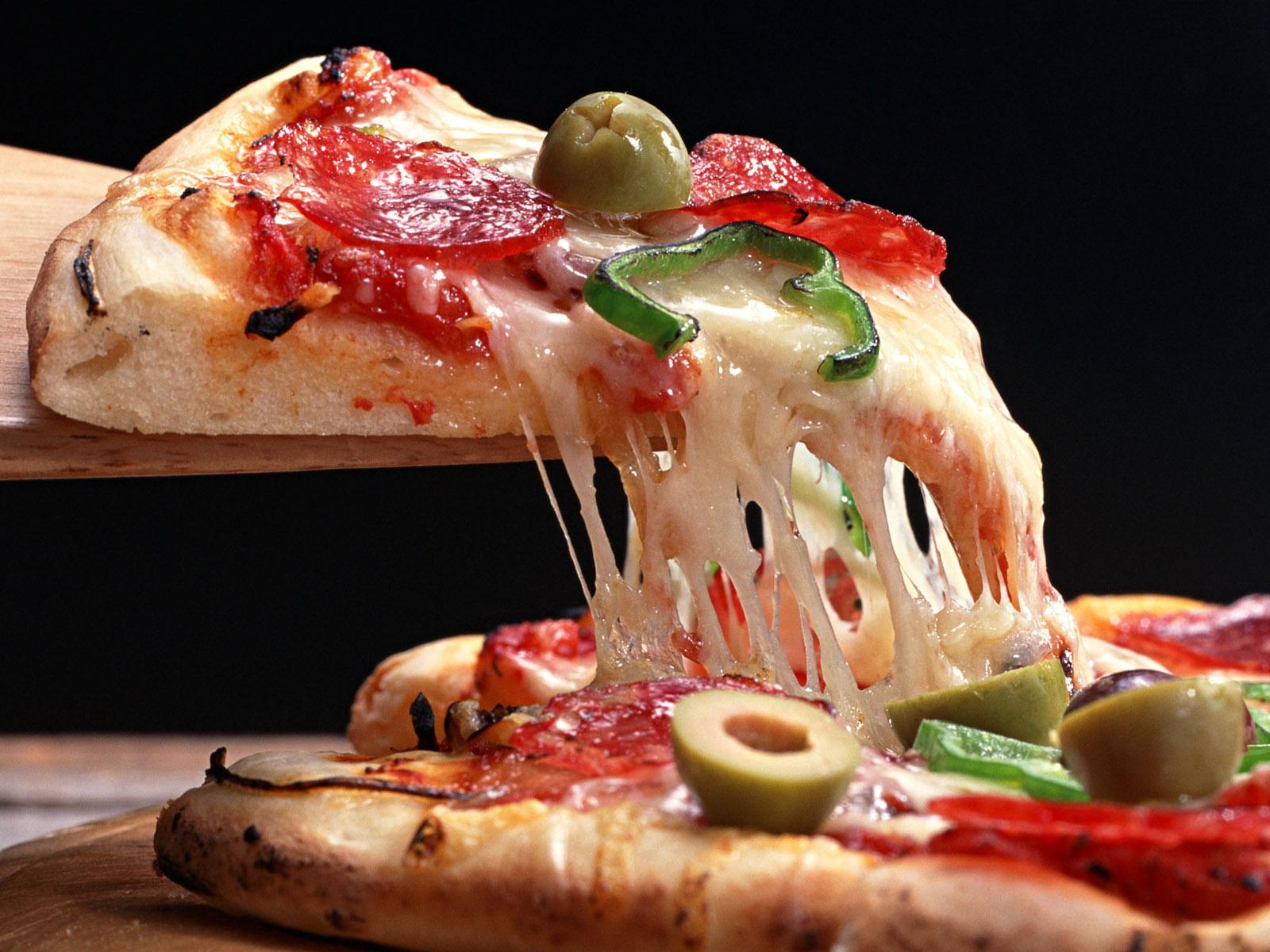 Какой сыр использовать для приготовления пиццы: сорта и их особенности
